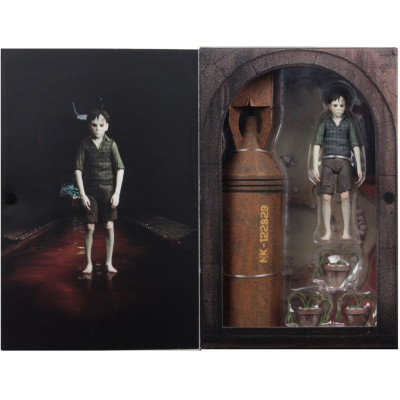 Фигурка The Devil's Backbone - Guillermo del Toro Signature Collection - Santi (17 см)