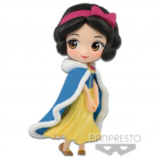 Фигурка Snow White and the Seven Dwarfs - Q Posket Petit Disney Characters - Winter Costume (Snow White) (7 см)