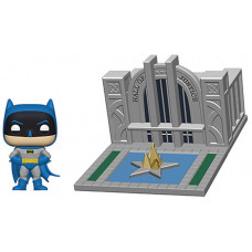 Набор фигурок Justice League - POP! Town - Batman 80th with Hall of Justice (9.5 см)