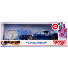 Модель автомобиля Stranger Things - Hollywood Rides - Billy's Chevy Camaro Z28 with Collectible Coin (1:24)