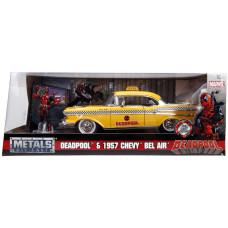 Набор Deadpool - Hollywood Rides - Deadpool & 1957 Chevy Bel Air (7 см, 1:24)