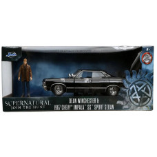 Набор Supernatural: Join the Hunt - Hollywood Rides - Dean Winchester & 1967 Chevy Impala SS Sport Sedan (7 см, 1:24)