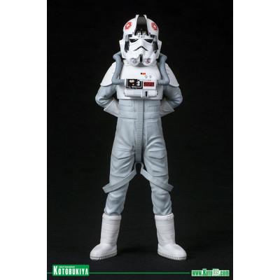Фигурка Star Wars: AT-AT Driver ARTFX+ (18 см)