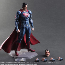 Фигурка Batman v Superman: Dawn of Justice - Play Arts Kaш - Superman (27 см)
