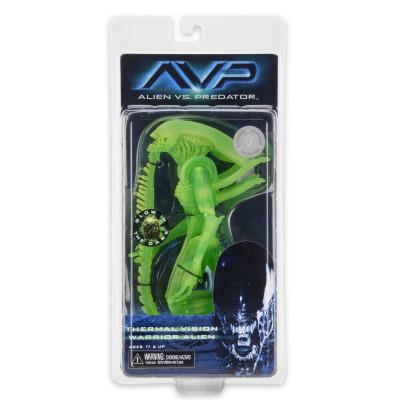 Фигурка Aliens vs Predator - Thermal Vision Warrior Alien (светящиеся в темноте, 17 см)